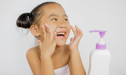Caring-child-with-eczema-tn