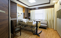 Hospital-room-and-services